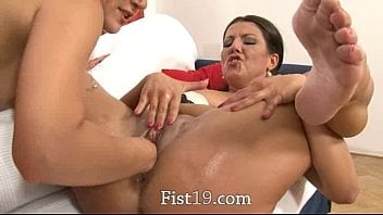 Fisting deep pussy Extreme pussy