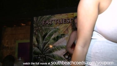 Short And Jiggly Key West Humid Tittie Compete At A Bar