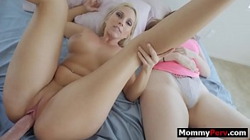 Mom Sleeping Nude Porn Videos Letmejerk Com
