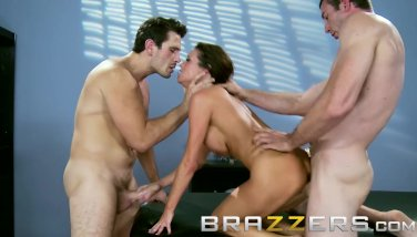Brazzers  Messy Mom In Law Veronica Avluv Gets Collective By 2 Weenie