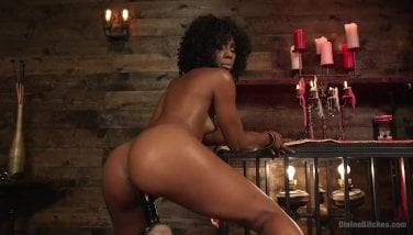 The Trunk Of Apollo Will Open The Temple Of Misty Stone