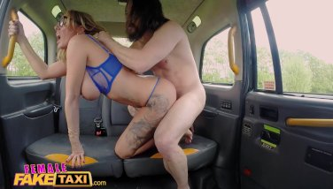 Girl Faux Taxi Fucky-fucky Junkies Skip Therapy For Lovemaking