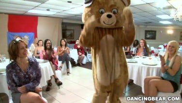 Big Man Sausage Masculine Strippers And A Fluffy Dancing Cub Entertaining Femmes Db992